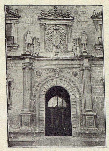 006_TRA-1918-092-Puerta principal del Alcázar