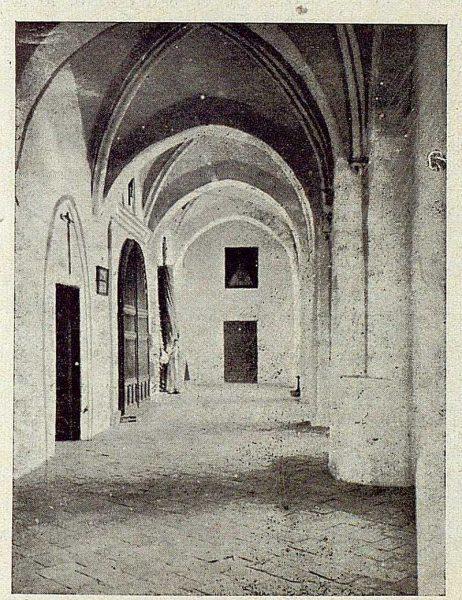 007_TRA-1921-175-Claustro bajo del convento de la Concepción