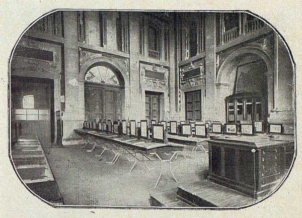 008_TRA-1918-092-Sala de dibujo en la Academia de Infantería