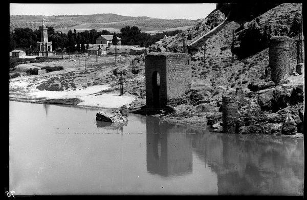 01 - 1930 ca - 075 - Toledo - Baño de la Cava