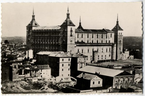 01 - 1930 ca - 186 - Toledo - El Alcázar antes del asedio