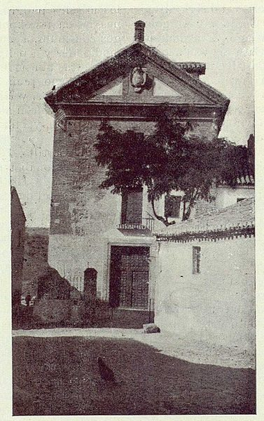 011_TRA-1923-196-Fachada del antiguo convento de Gilitos