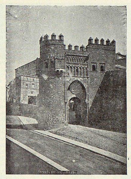 013_TRA-1923-200-Puerta del Sol
