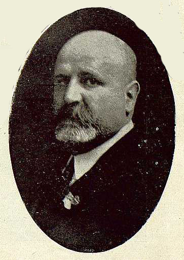 0146_TRA-1920-145-Narciso Clavería, arquitecto y fotógrafo