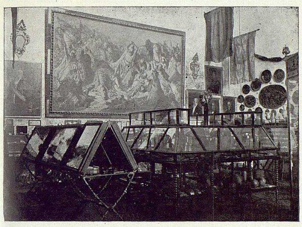 014_TRA-1922-185-Museo Romero Ortiz en el Alcázar, detalle-Foto Román