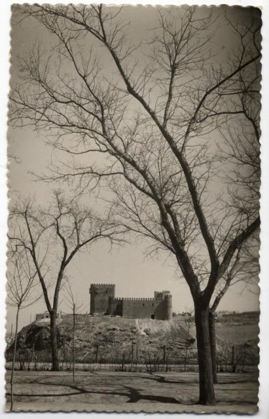 02 - 1952-11-00 - 121 - Toledo - Castillo de San Servando