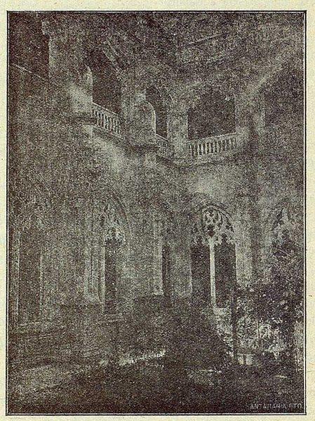 020_TRA-1917-071-Patio de San Juan de los Reyes-Foto Santamaría