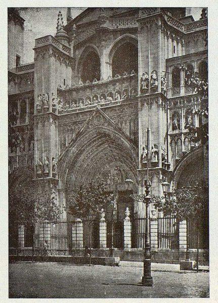 0211_TRA-1924-209-Catedral, puerta del Perdón-Foto Clavería
