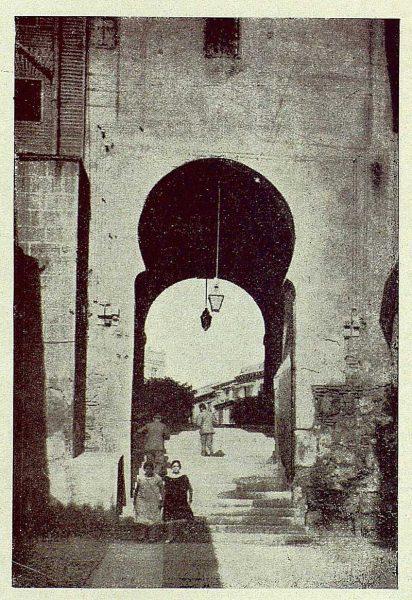 025_TRA-1929-265-Arco de la Sangre