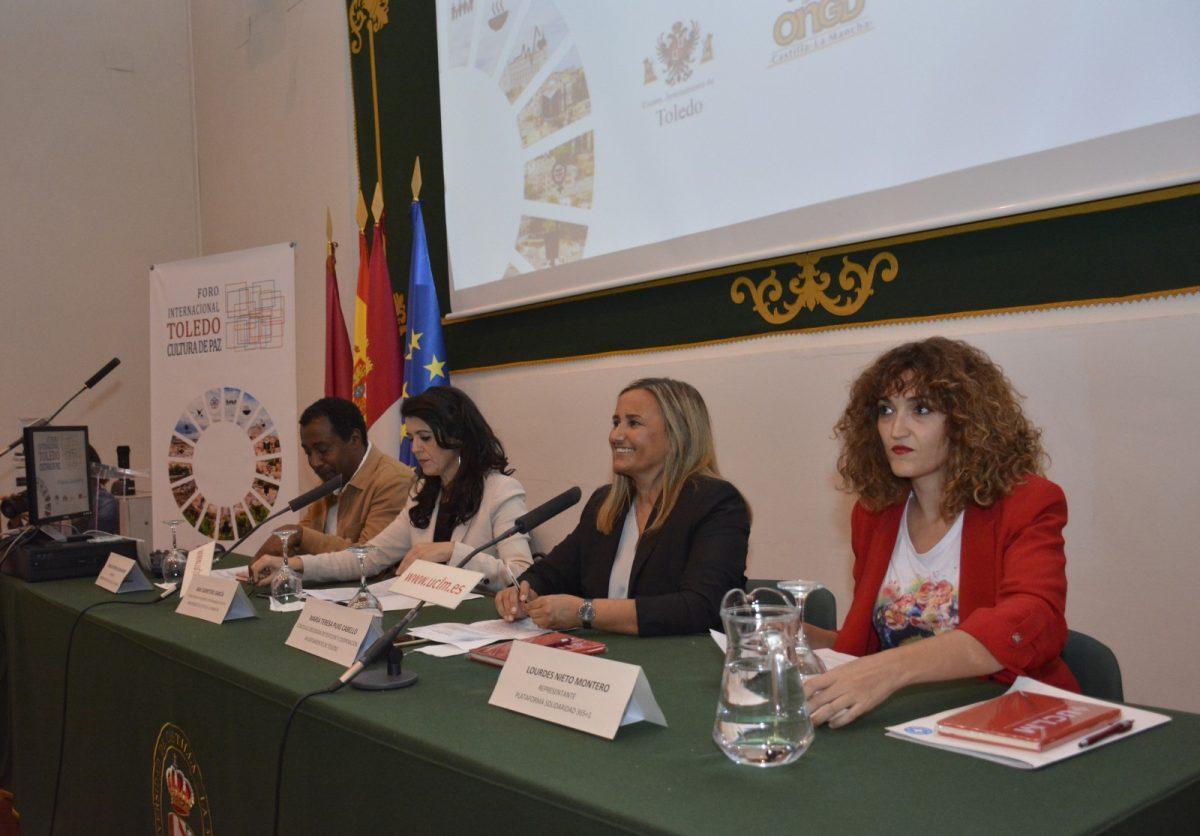 http://www.toledo.es/wp-content/uploads/2019/10/03-inauguracion-foro-cultura-de-paz-1200x836.jpg. El Gobierno municipal celebra que Toledo vuelva a ser punto de encuentro para alcanzar una sociedad más justa, sostenible y solidaria