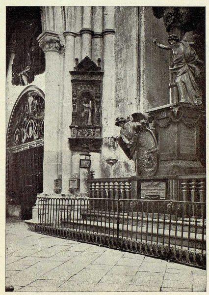 0303_TRA-1928-254-Catedral, detalle-Foto Clavería