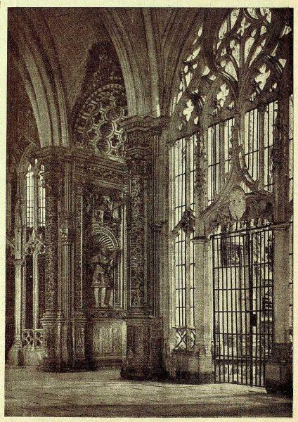 0316_TRA-1928-262-Catedral, entrada a la capilla de Reyes Nuevos y capilla de Santiago-Foto Clavería
