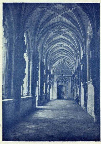 032_TRA-1927-243-Monasterio de San Juan de los Reyes, claustro-Foto Rodríguez