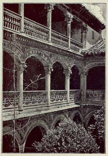 0342_TRA-1930-281-282-Guadalajara, monasterio de Lupiana, claustro-Foto Clavería