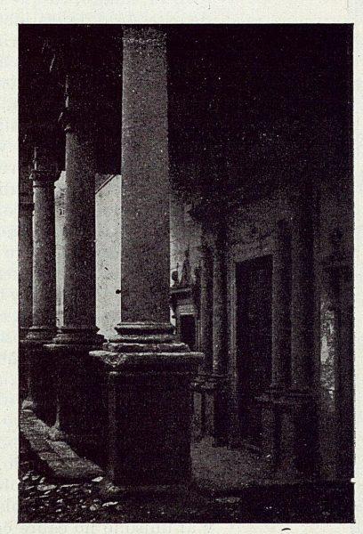 042_TRA-1923-195-Pórtico de Santo Domingo