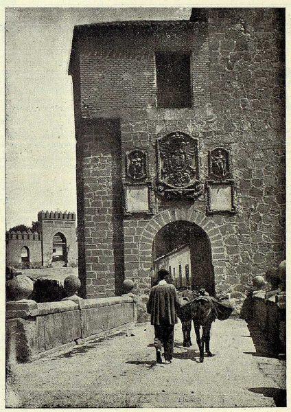 042_TRA-1926-234-Puente de San Martín-01-Foto Clavería