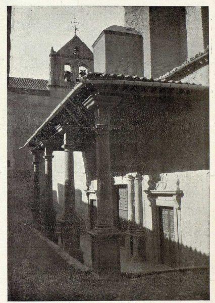 044_TRA-1926-237-Convento de Santo Domingo el Real, pórtico-Foto Rodríguez