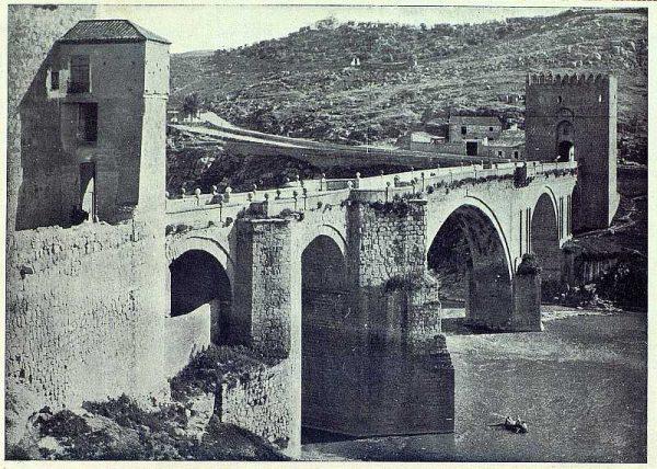 044_TRA-1927-241-Puente de San Martín-Foto Clavería
