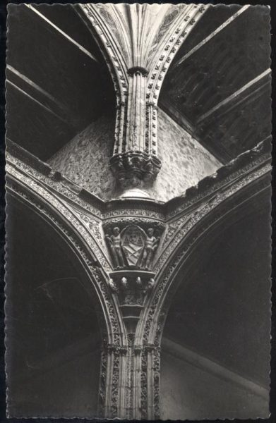 047 - Toledo - Santa Cruz. Detalle arquitectónico