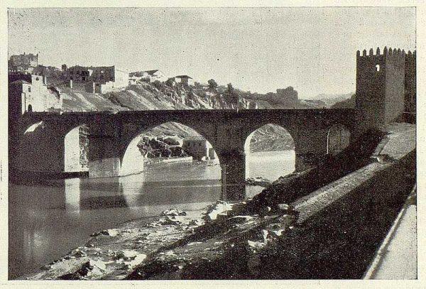 048_TRA-1929-263-Puente de San Martín-01-Foto Rodríguez