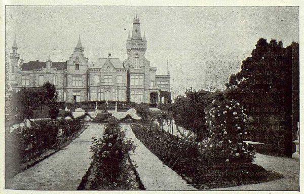 0498_TRA-1922-184-Palacio del Castañar, fachada posterior y jardines-Foto Rodríguez