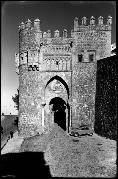 05 - 1961-04-00 - Toledo - Puerta del Sol