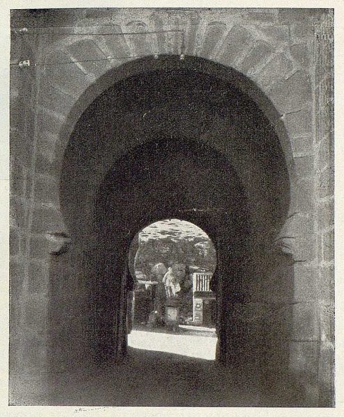050_TRA-1929-263-Puente de San Martín-03-Foto Rodríguez