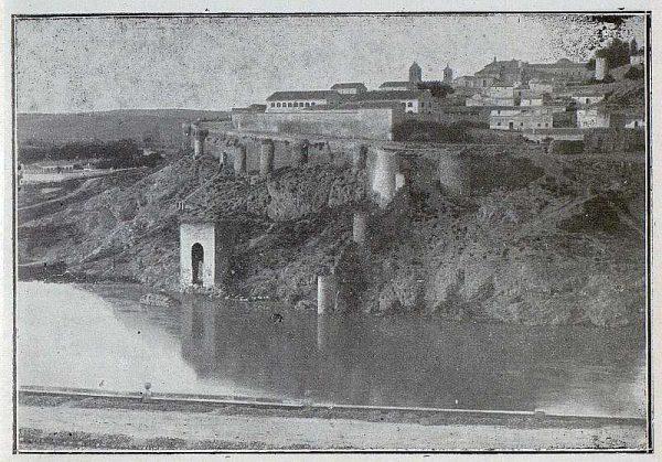 051_TRA-1925-220-Baño de la Cava