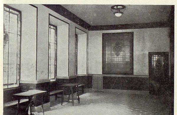 0539_TRA-1923-192-Banco Central, local destinado al público-Foto Rodríguez