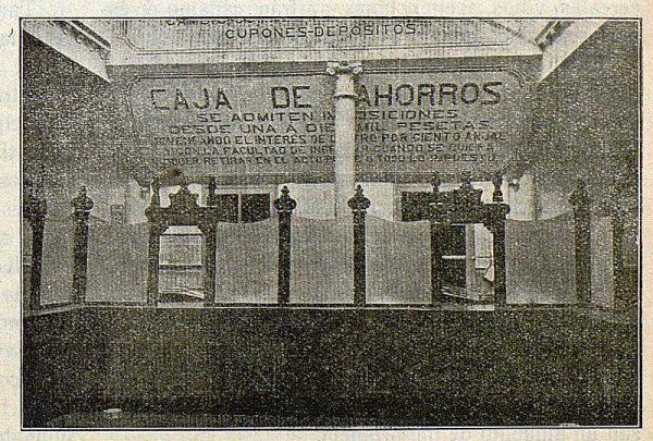 055_TRA-1917-082-Caja de Ahorros, sala de operaciones