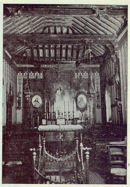 0597_TRA-1924-203-Palacio de Higares de los Duques de la Vega, interior de la capilla-Foto Rodríguez