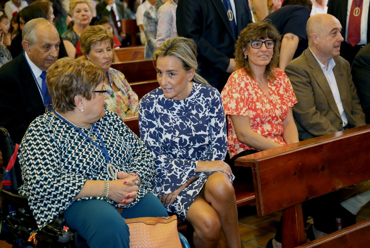 https://www.toledo.es/wp-content/uploads/2019/10/05_misa_s_m_benquerencia-1200x804.jpg. La alcaldesa asiste a la celebración de Santa María de Benquerencia en una jornada festiva para el barrio del Polígono