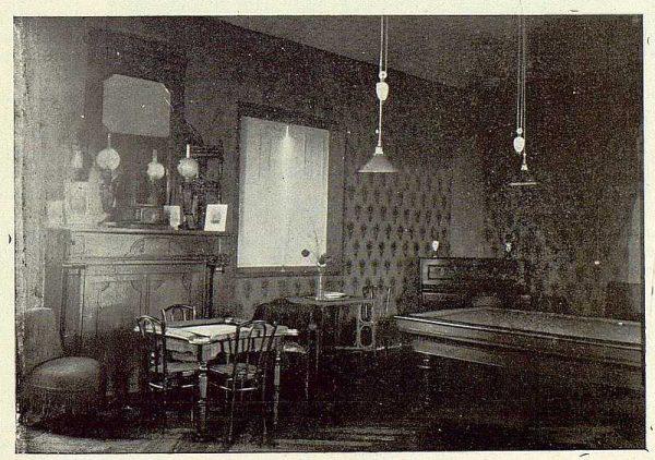 062_TRA-1923-196-Casa Aguanel, de los marqueses de Linares, un rincón del salón de recreo-Foto Rodríguez