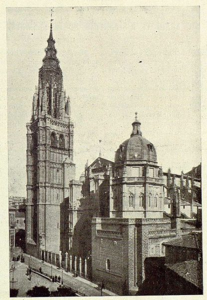 0653_TRA-1925-221-Catedral, fachada principal-Foto Rodríguez