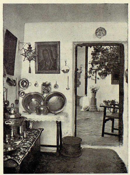 066_TRA-1926-228-Casa de Angel Vegue Goldoni, detalle del zaguán-Foto Rodríguez