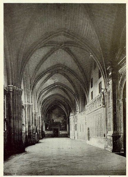 0679_TRA-1925-226-Catedral, claustro bajo-Foto Rodríguez