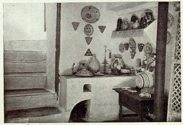 0690_TRA-1926-228-Casa de Angel Vegue Goldoni, un aposento-Foto Rodríguez