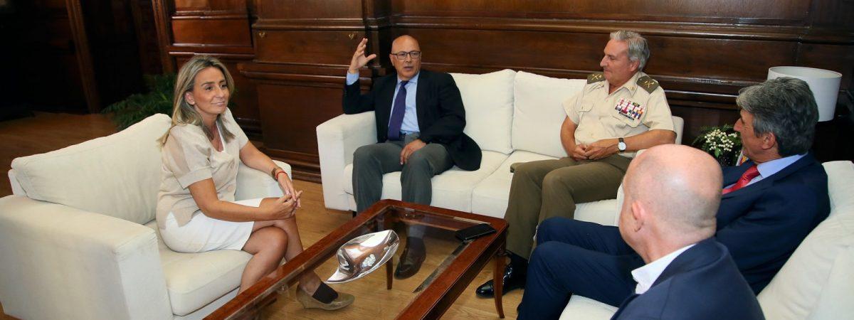 Reunión de la alcaldesa de Toledo con…