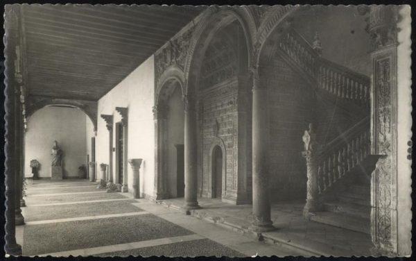 07 - 1958-06-00 - 018 - Toledo - Patio de Santa Cruz
