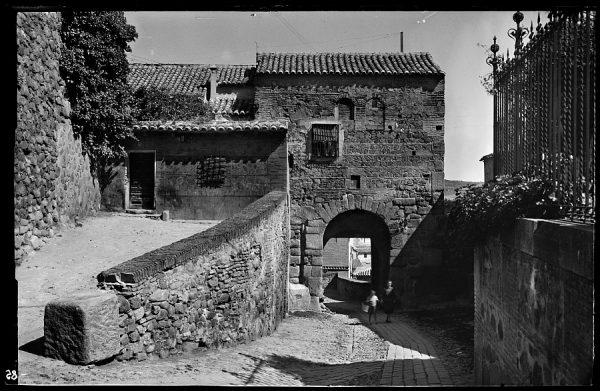 07 - 1958-06-00 - 085 - Toledo - Puerta Valmardón