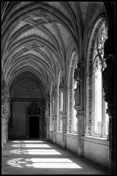 07 - 1961-04-00 - Toledo - San Juan de los Reyes. Claustro_1