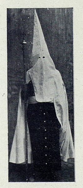 0714_TRA-1927-242-Procesiones, nazarenos-01-Foto Rodríguez