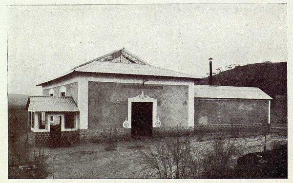 0731_TRA-1927-246-Seda toledana, fachada de la filatura-Foto Rodríguez
