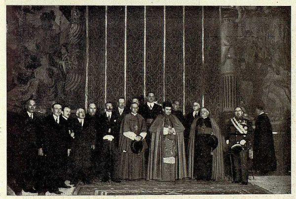 0758_TRA-1928-251-Nuevo Primado, recepción en el Palacio Arzobispal-Foto Rodríguez