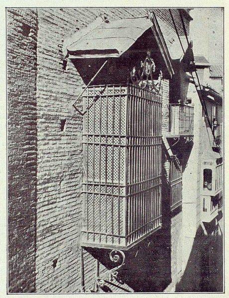 076_TRA-1922-184-Celosía en la Iglesia de la Magdalena