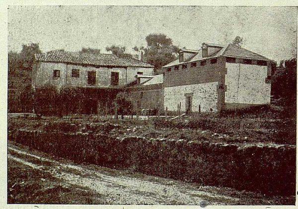 078_TRA-1921-176-Casa de El Bosque, primitiva casa, nuevo garaje y palomar