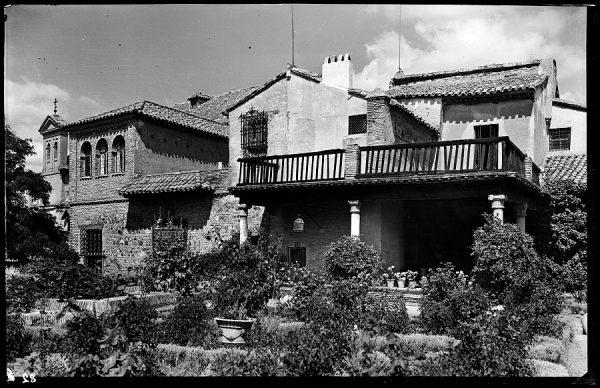 082 - Toledo - Jardín de la Casa del Greco