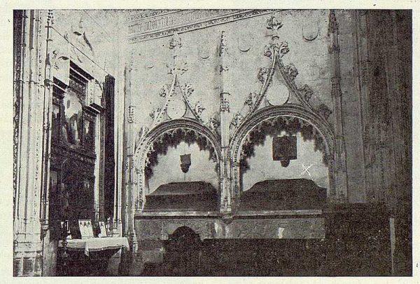 082_TRA-1923-194-Iglesia de San Andrés, sepulcro del embajador Francisco de Rojas