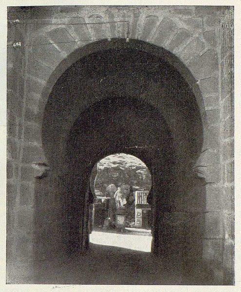 0832_TRA-1929-263-Puente de San Martín-03-Foto Rodríguez