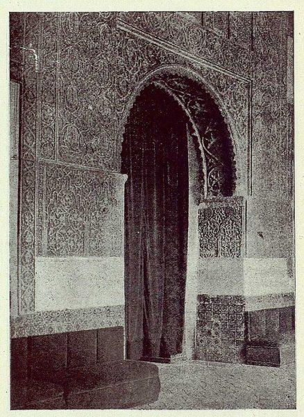 083_TRA-1924-208-Casa de Mesa, detalle del salón